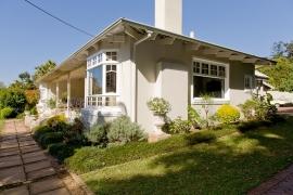 Lemon-Tree-house-and-garden