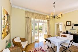 Lemon-Tree-kitchen-cottage