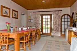 Rest-assured-dining-room